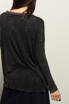 People Outfitter Black Stonewashed Tunic Top - Alternate List Image