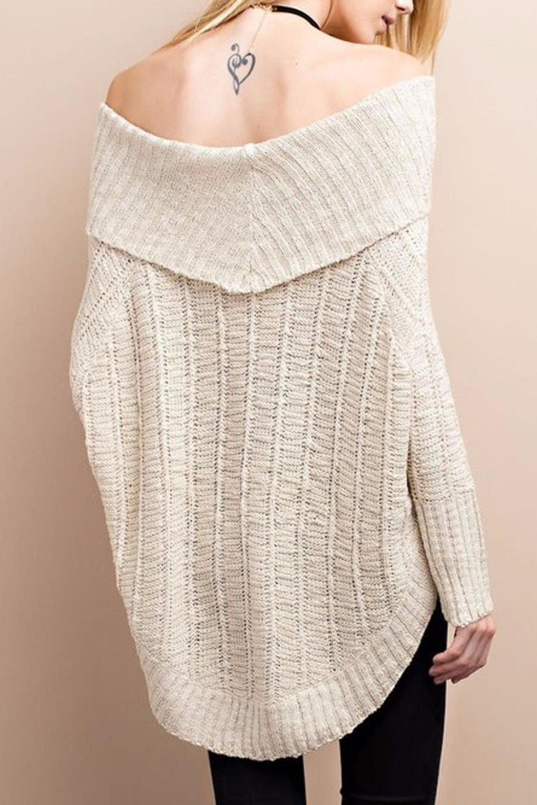 People Outfitter Cozy Vintage Sweater - Back Cropped Image