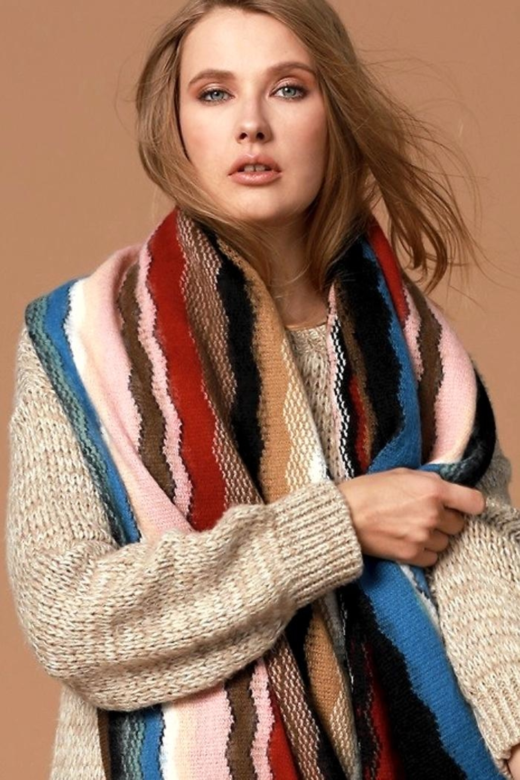 People Outfitter Dreams'n Wishes Scarf - Side Cropped Image