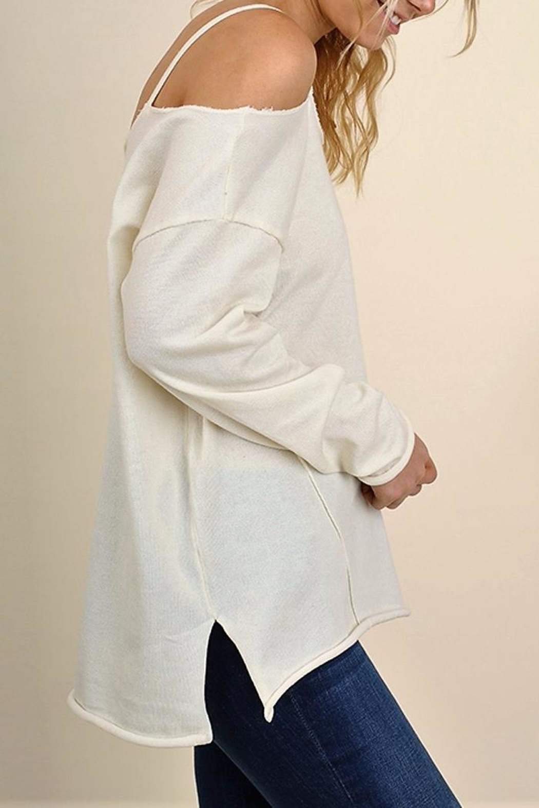 People Outfitter Eternity Cold Shoulder Top - Side Cropped Image