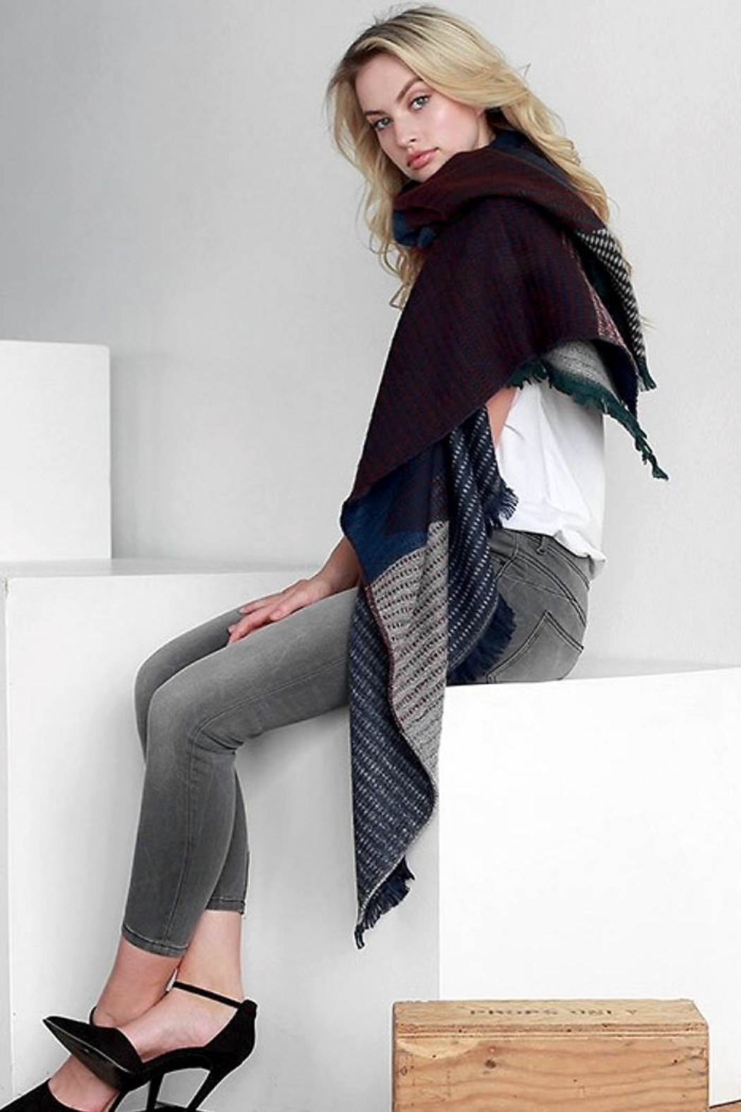 People Outfitter Kennedy Woven Scarf - Main Image