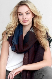 People Outfitter Kennedy Woven Scarf - Side cropped