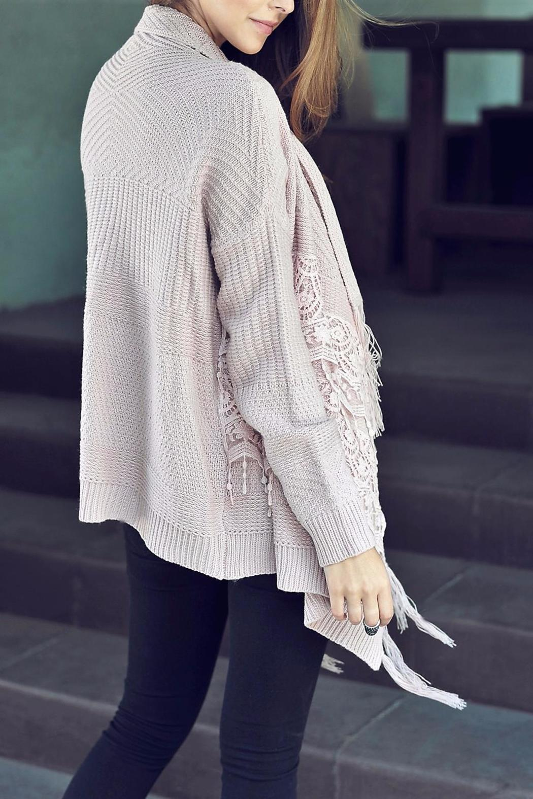 People Outfitter Lace Fringe Cardigan - Side Cropped Image