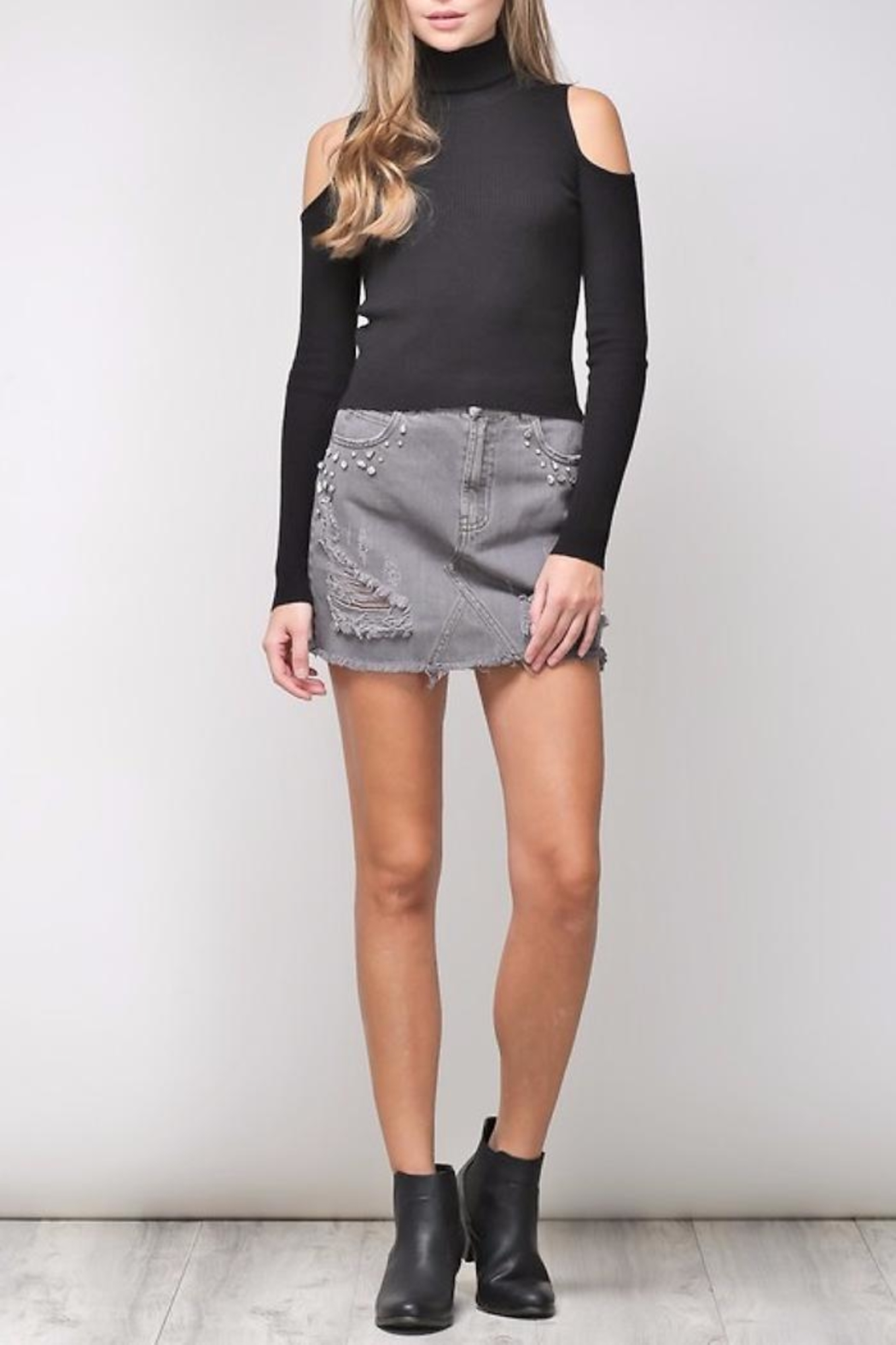 People Outfitter Mia Knit Top - Back Cropped Image