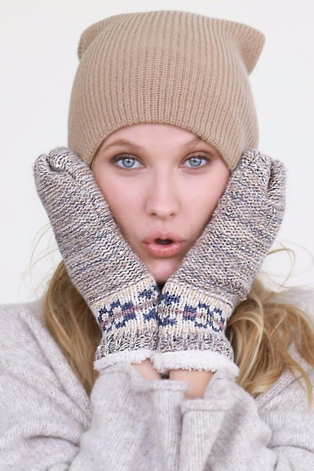 People Outfitter Mitt Gloves - Main Image