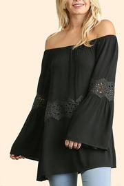People Outfitter Off Shoulder Top - Front cropped
