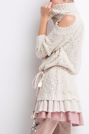 People Outfitter Ruffled Chunky Sweater - Back cropped