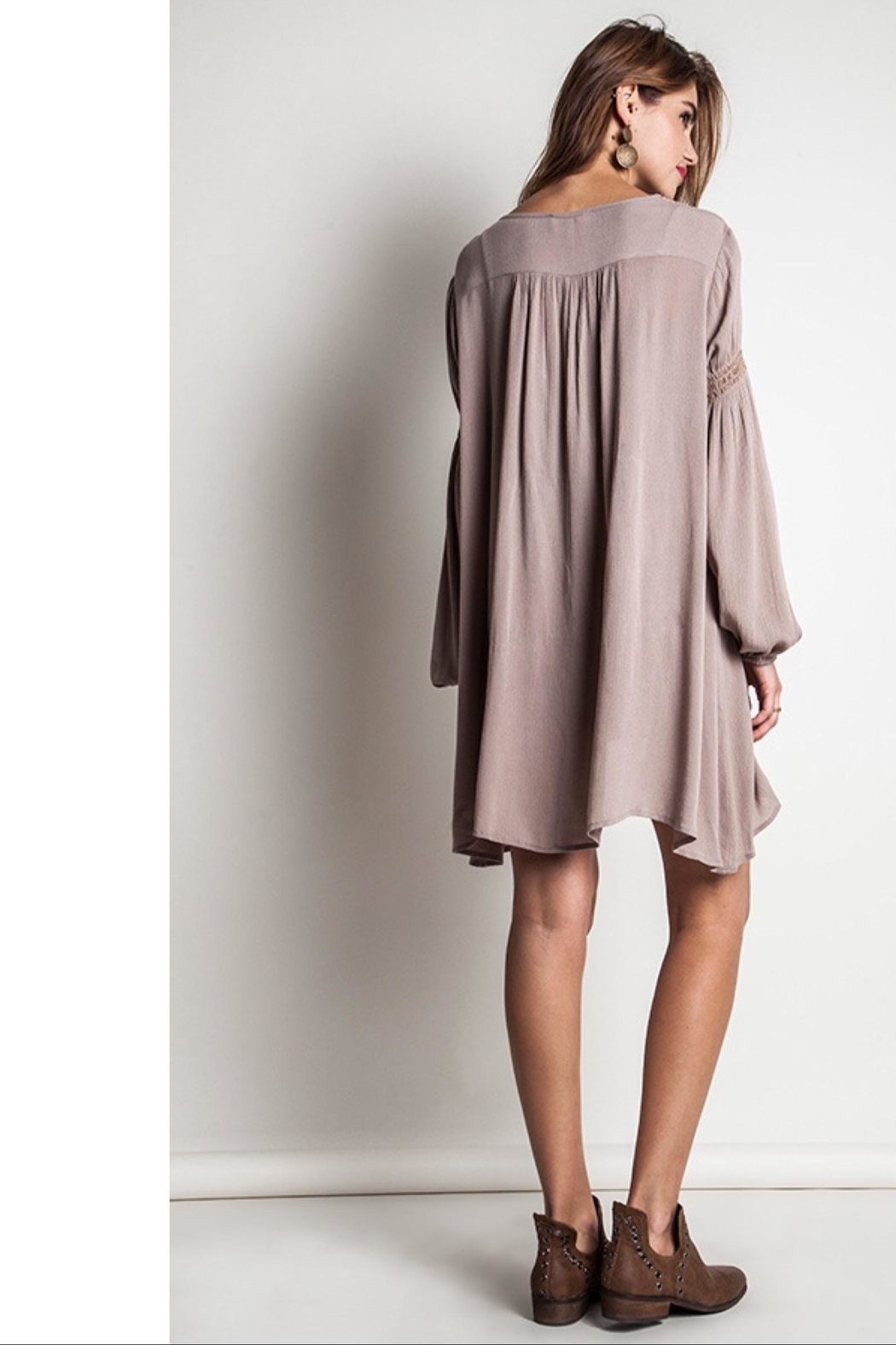 People Outfitter Taupe Bishop Sleeves Embroidery Tunic Dress - Side Cropped Image