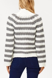 People Outfitter Wild Cat Sweater - Side cropped