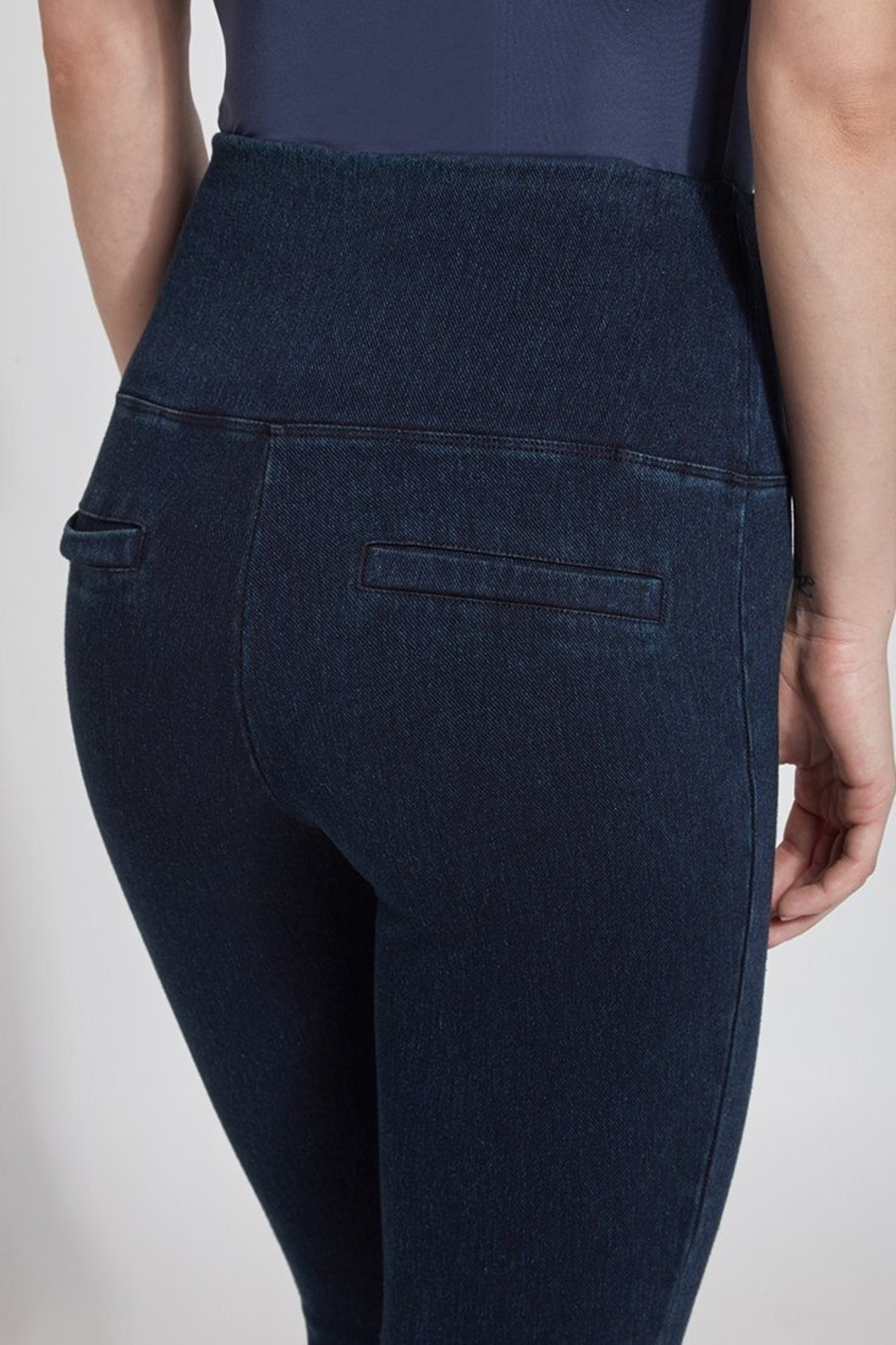 Lysse Perfect Denim Leggins - Back Cropped Image