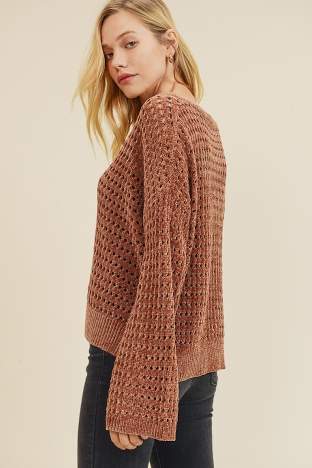 In Loom PERFORATED CHENILLE SWEATER - Side Cropped Image