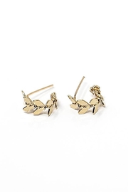 Sarah Briggs Perry Lobe Hugger Earring - Front cropped