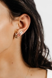 Sarah Briggs Perry Lobe Hugger Earring - Front full body
