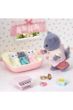 Calico Critters Persian Cat Triplets - Alternate List Image