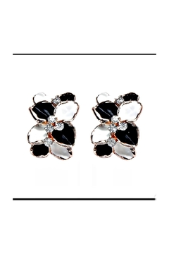 Petunias Orchid Earrings - Product List Image