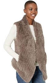 Dylan by True Grit PIA VEST - Front full body