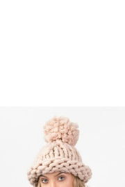 Pia Rossini Chunky Knit Hat - Side cropped