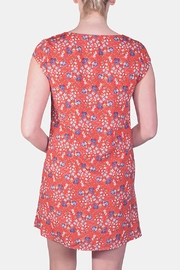 rokoko Picnic Floral Button-Down - Side cropped