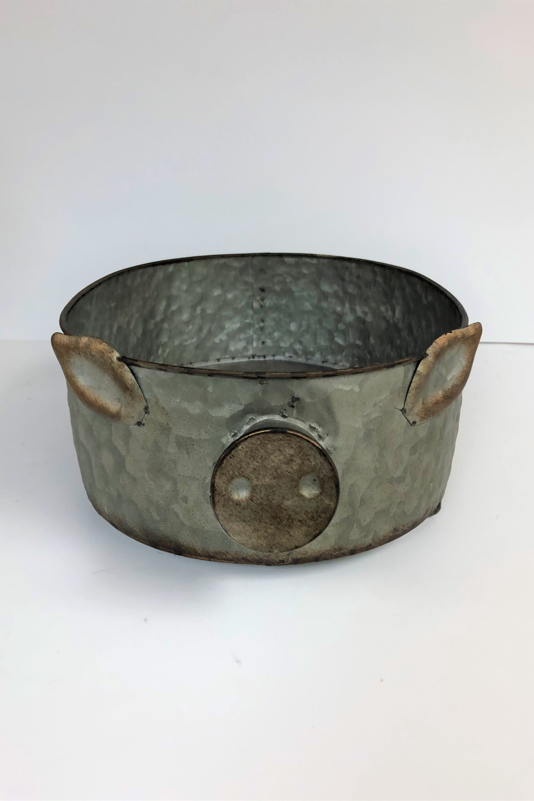 Manual Woodworkers and Weavers Metal Pig Bowl - Front Full Image