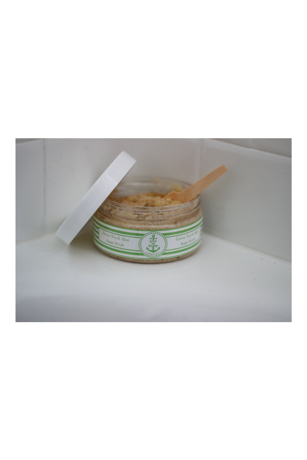 Soap and Water Newport PINK CHAMPAGNE BROWN SUGAR SCRUB - Front Full Image