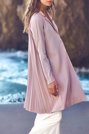 The Vintage Valet Pink Pleated Blazer - Front cropped