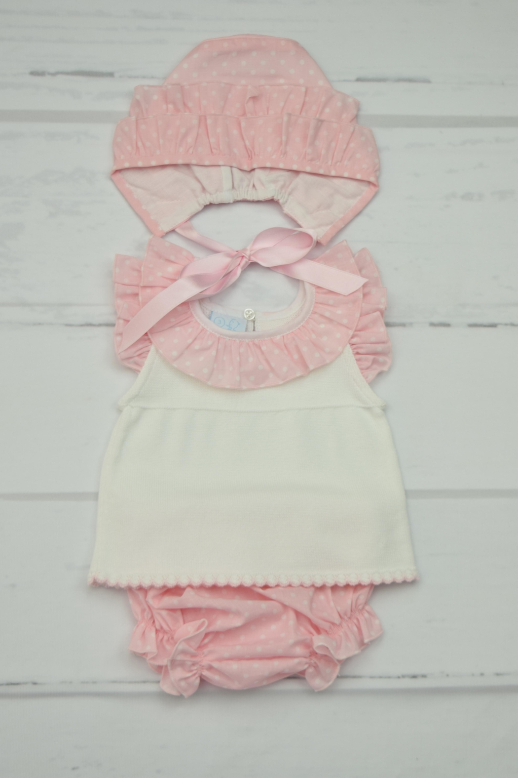 Granlei 1980 Pink & White Outfit - Main Image