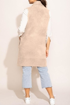 Pink Martini Stockport Vest In Beige - Alternate List Image