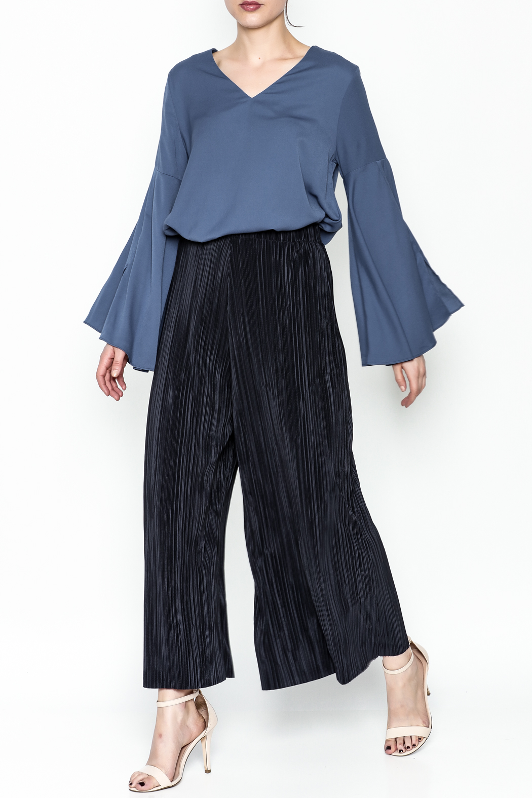Pinkyotto Bell Sleeve Blouse - Side Cropped Image