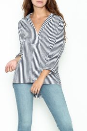 Pinkyotto Button Back Hi-lo Tunic - Front cropped