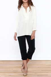 Pinkyotto White Long Top - Side cropped