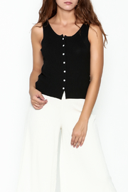 Pinkyotto Button Crop Tank Top - Front cropped