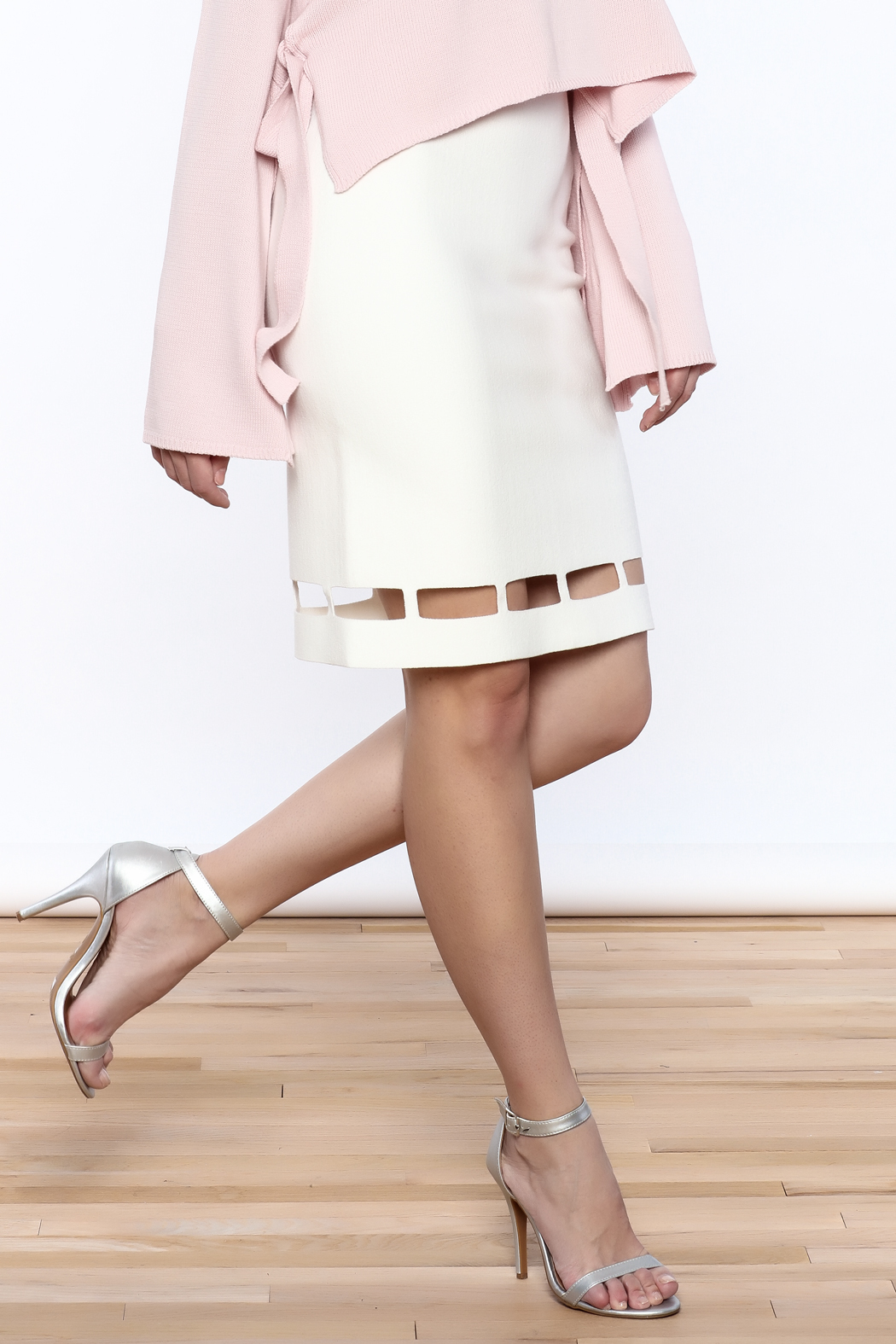 Pinkyotto White Pencil Skirt - Front Cropped Image