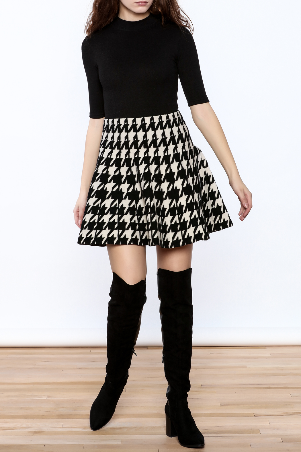 Pinkyotto Houndstooth Large Print Skirt - Front Full Image