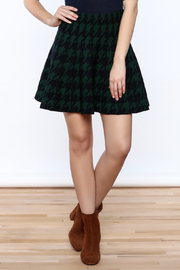 Pinkyotto Houndstooth Large Print Skirt - Front cropped