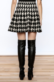Pinkyotto Houndstooth Large Print Skirt - Back cropped