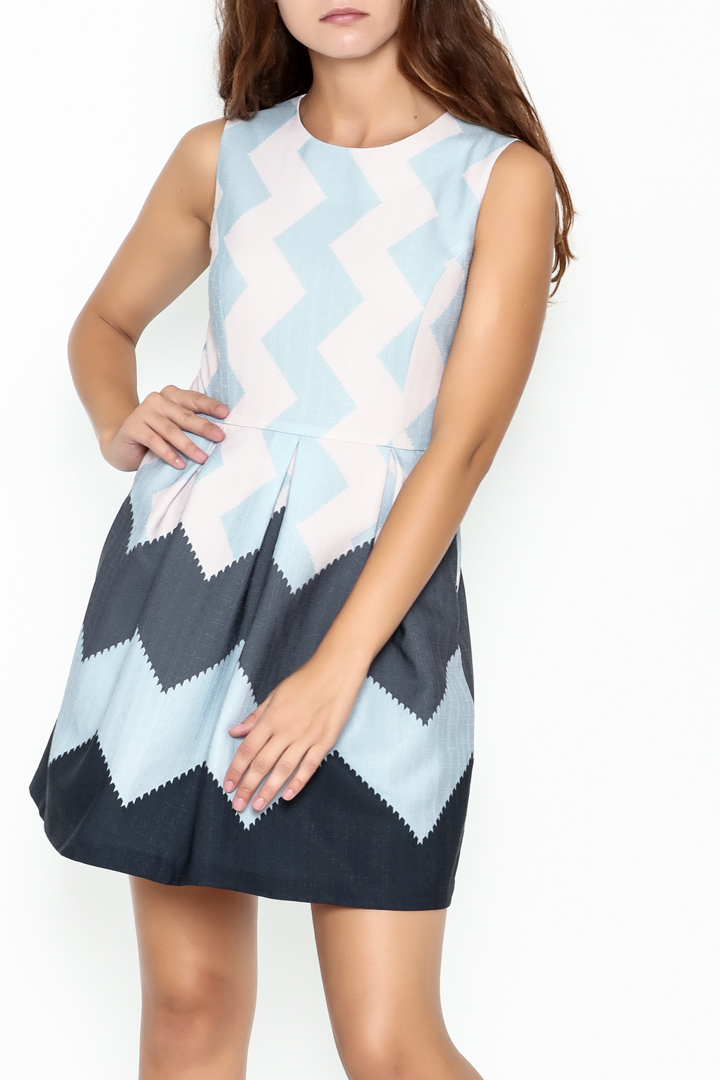 Pinkyotto Zig Zag Dress - Front Cropped Image