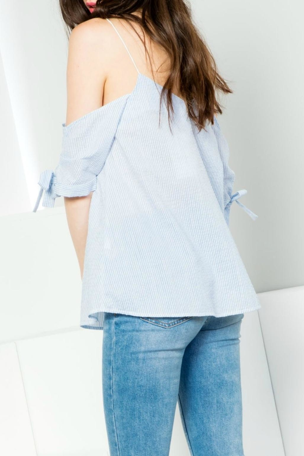 Thml Pinstripe Offshoulder Top - Front Full Image
