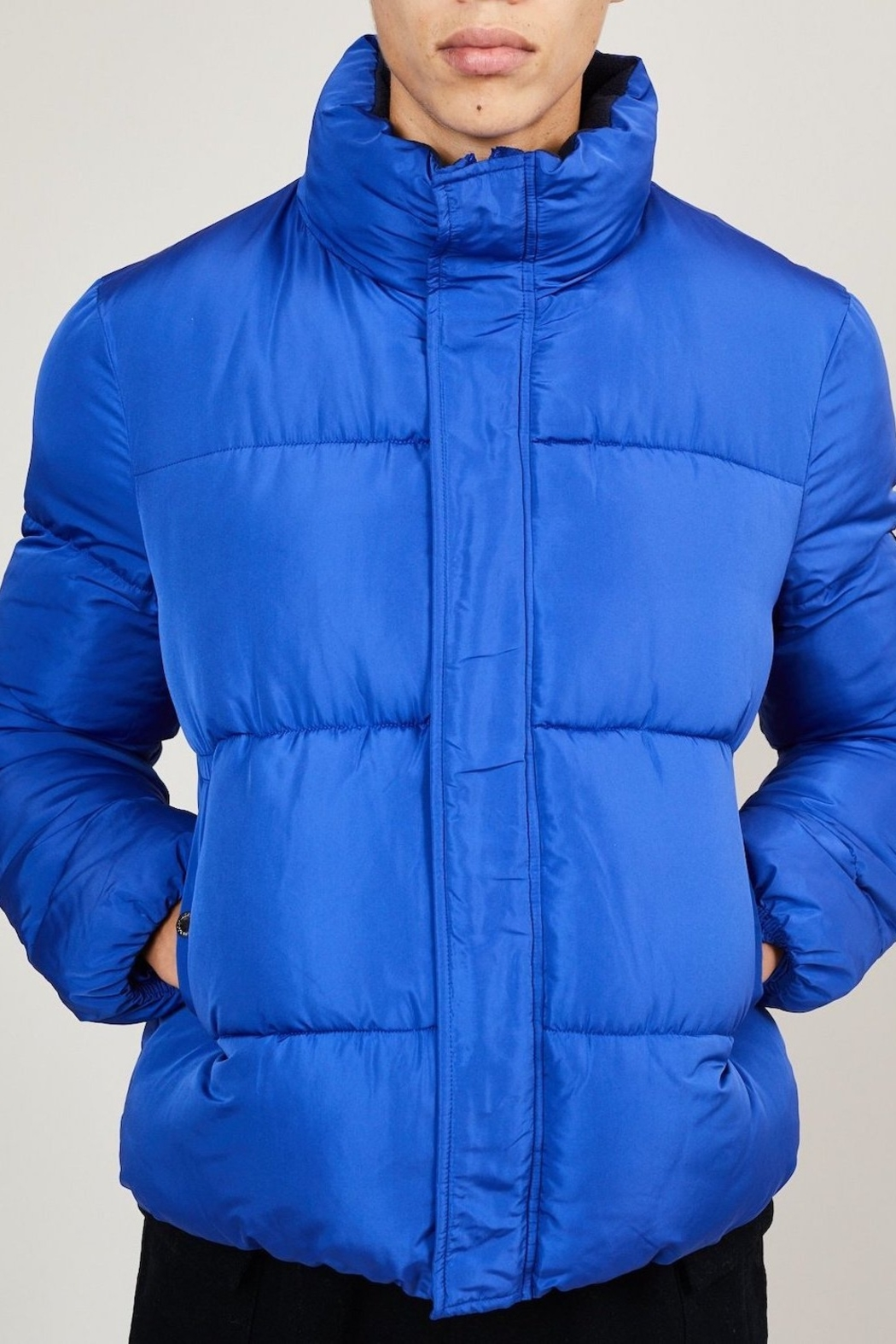 Native Youth Pioneer Puffa Jacket - Side Cropped Image