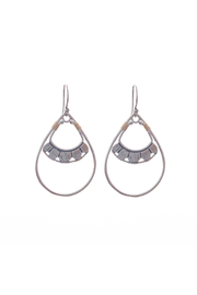 Bronwen Pionera Earrings - Product Mini Image