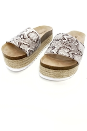 Chinese Laundry Pippa Sandal - Front full body