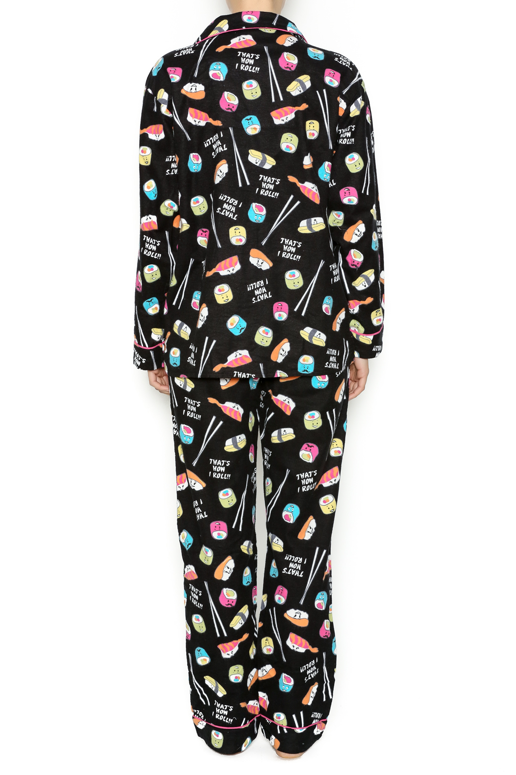 Free shipping on women's sleepwear, pajamas, loungewear, and robes at hingcess-serp.cf Shop for pajamas, nighties, tanks, shorts, joggers, chemises, nightgowns.