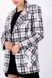 NU New York Plaid 1 Button - Side cropped