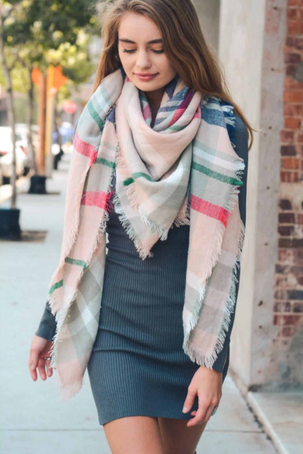Leto plaid blanket scarf - Front Cropped Image