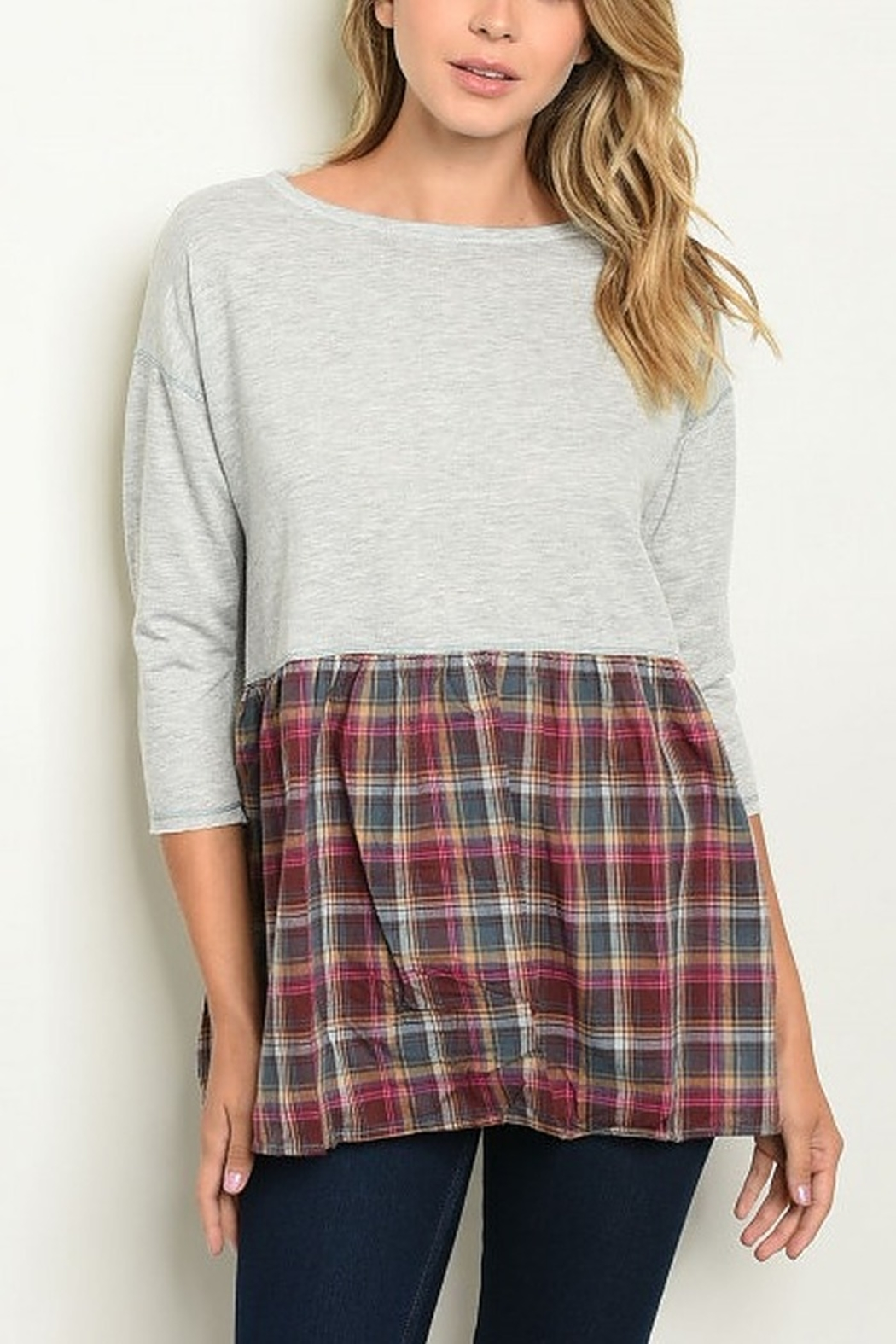 Lyn -Maree's Plaid Block Top - Front Cropped Image