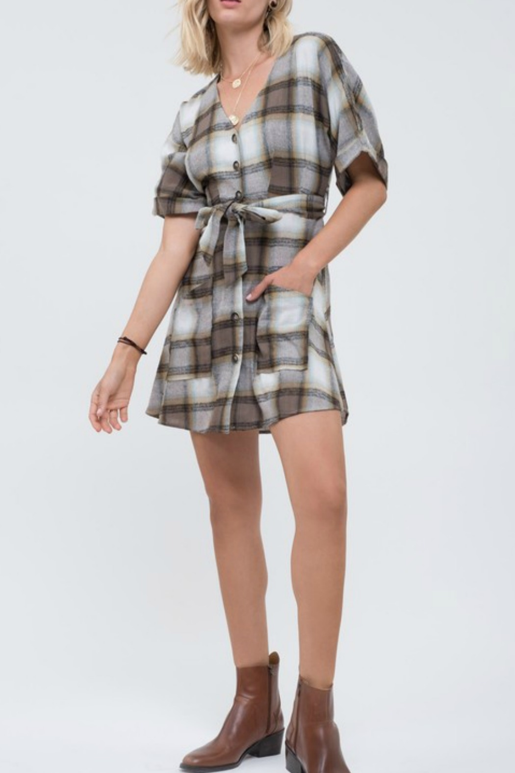 blue pepper  Plaid Button Down Dress - Side Cropped Image