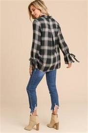 Doe & Rae Plaid Button Top - Side cropped