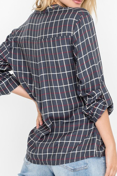 All In Favor Plaid Buttoned Tunic Shirt - Alternate List Image