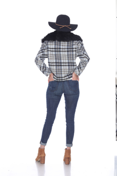 Sisters Knits Plaid Jacket w/Fur Collar - Alternate List Image