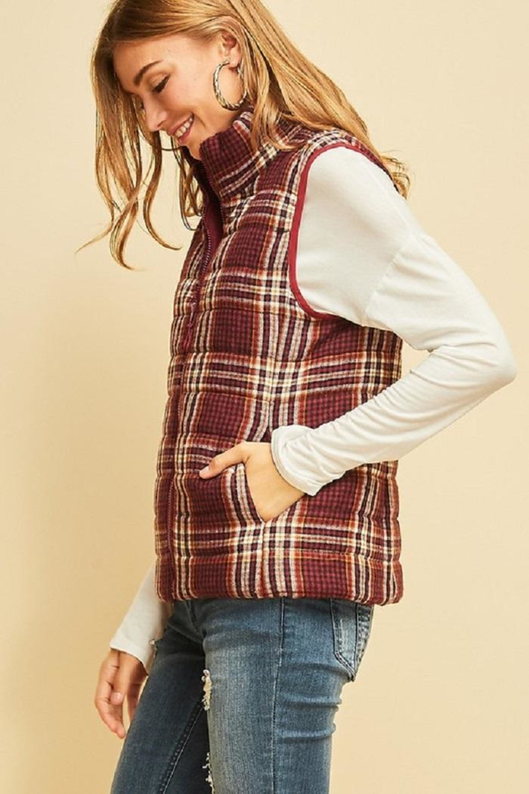 Entro Plaid Puffer Vest - Side Cropped Image