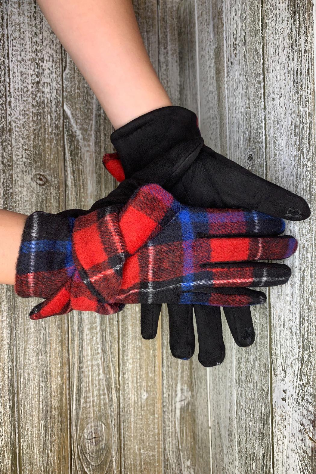 Giftcraft Inc.  Plaid Texting Gloves - Front Cropped Image